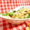 Rezept: Tête de Moine auf Rucola mit fruchtigem Balsam-Dressing