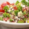 Rezept: Quinoa-Salat griechischer Art und kleines Quinoa-Wissen