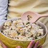Rezept: Kartoffelsalat mit Mayo, Äpfeln und Dill nach Omas Rezept