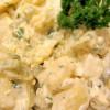 Kartoffelsalat mit Mayonnaise und Ei