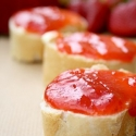Rezept: Rhabarber-Erdbeer-Marmelade mit Ingwerkick