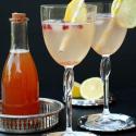 Rezept und Verlosung: Orientalischer Eisteesirup aus Jasmintee