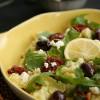 Salatglück-Freitag: Avocado-Feta-Dressing aus nur zwei (+2) Zutaten zu mediterranem Kartoffelsalat und Pesto-Mozzarella-Schnitzelchen