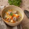 Rezept: One Pot Gemüse-Reis-Suppe mit Hackfleischklößchen