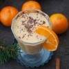 Rezept: Weihnachtlicher Mango-Mandarine-Smoothie mit Zimt und Schokolade