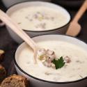 Rezept: Aromatische Käsesuppe mit Hackfleisch und Lauch