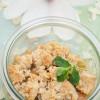 Rezept: Rhabarber Crumble mit Mandelblättchen und Marzipan
