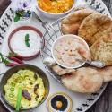 Grillrezepte: Leckere Dips zum Grillen mit Naan Brot von Mestemacher
