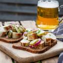 Snacks für eure Party zum Vatertag mit Eiweißbrot von Mestemacher