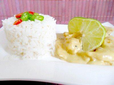 Hähnchen in Erdnuss-Limetten-Soße