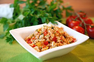 rezept couscous salat mit paprika dressing. Black Bedroom Furniture Sets. Home Design Ideas