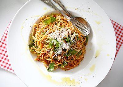 Rezept: Pesto Rosso mit selbstgetrockneten Tomaten