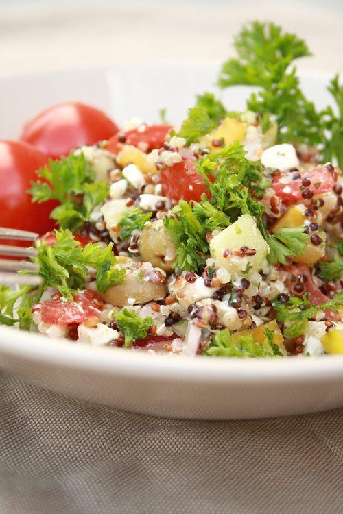 Quinoa Salat griechischer Art