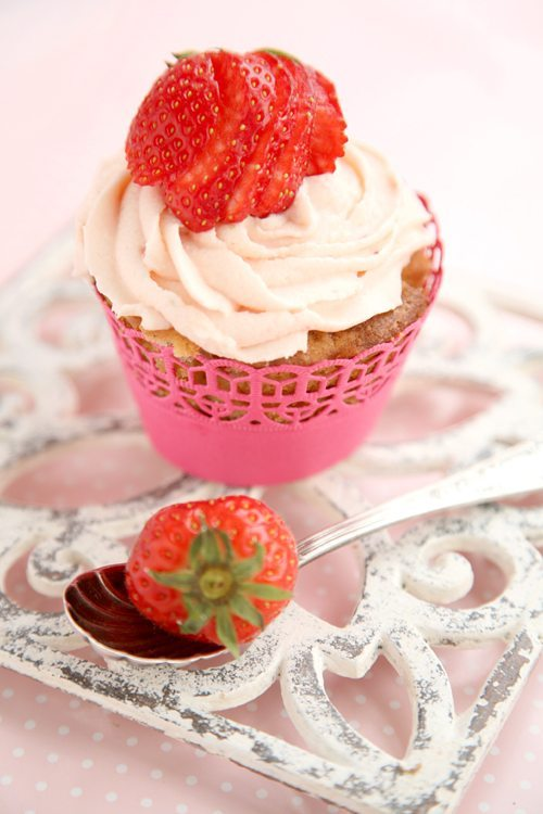 Erdbeer-Blondie-Muffins