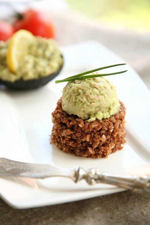 Avocado-Thunfisch-Salat-Ei_l