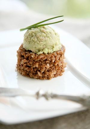 Rezept: Eiersalat mit Thunfisch und Avocado-Mayonnaise