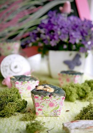 Rezept: Buttermilch-Blaubeer-Muffins mit Lemon-Cheesecake-Kern und Kinderkunst