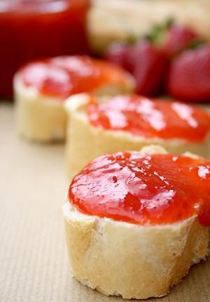 Erdbeer-Rhabarber-Ingwer-Marmelade1_s