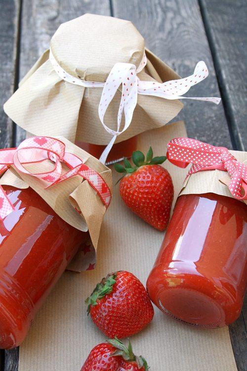 rezept rhabarber erdbeer marmelade mit ingwerkick. Black Bedroom Furniture Sets. Home Design Ideas