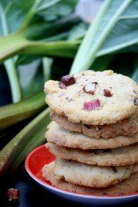 Rhabarber-Haselnuss-Cookies