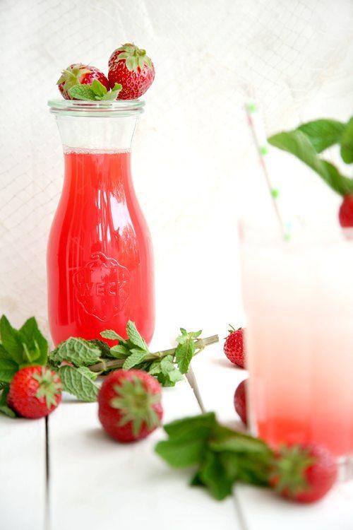 Rhabarber-Erdbeer-Brause4-l