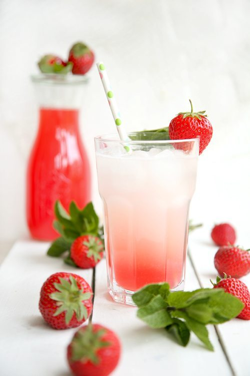 Rhabarber-Erdbeer-Brause5-l
