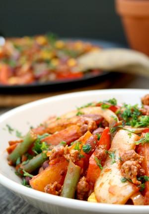Rezept: Vegetarische Westernpfanne mit Quorn-Hackfleisch zum World Meat Free Day