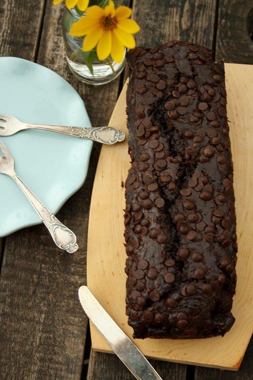 Schokoladen-Zucchini-Kuchen mit griechischem Joghurt