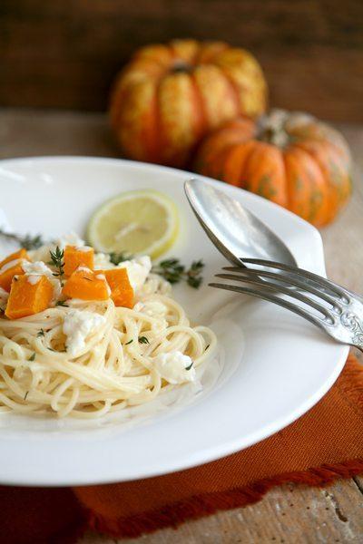 Butternuttkürbis-Spaghetti-Thymian-Zitronensoße