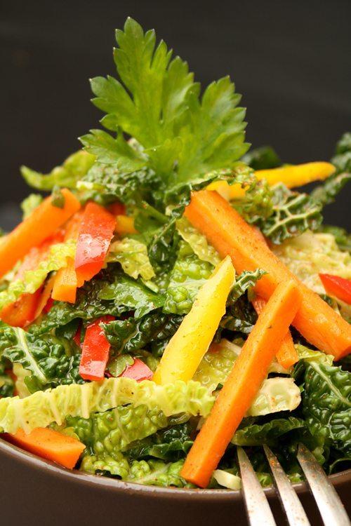 asiatischer Wirsingkohl-Salat