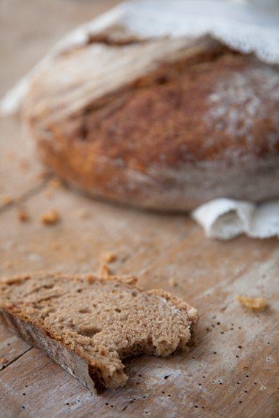 Dinkel-Roestzwiebel-Brot