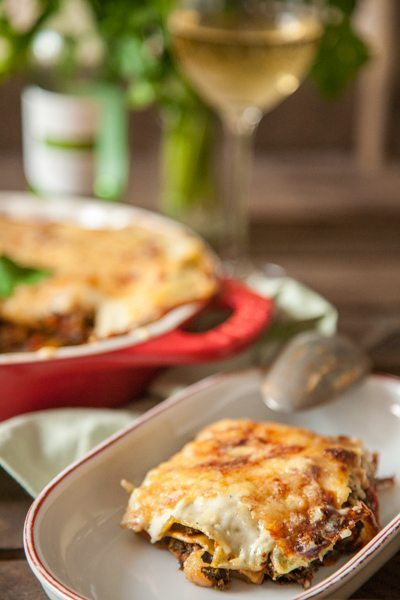 rezept vegetarische gr nkohl lasagne mit getrockneten steinpilzen. Black Bedroom Furniture Sets. Home Design Ideas