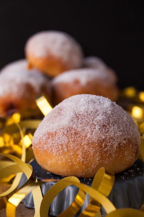 Berliner Pfannkuchen aus dem Backofen