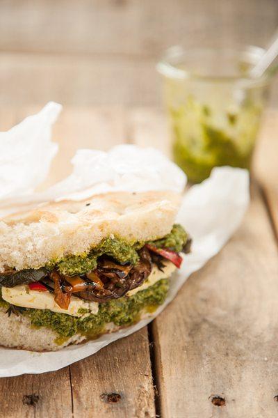 Vegetarischer-Doener-Rucola-Pesto