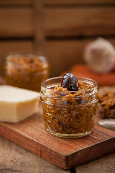 Olive-Moehre-Pesto