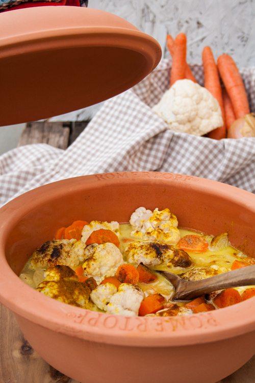 Curry-Kokos-Gemüse aus dem Römertopf