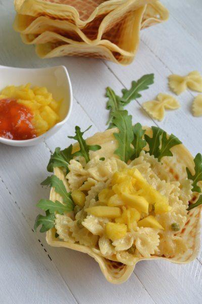 sommerlicher Nudelsalat mit Mango-Chutney