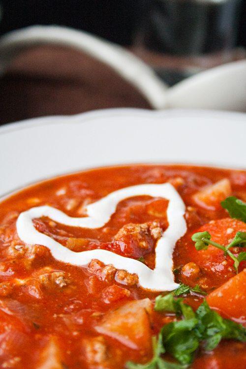 Tomaten-Hackfleisch-Suppe
