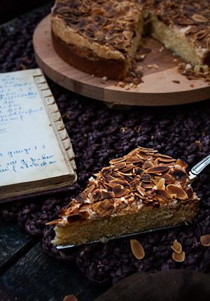 Rezept: Blitzkuchen mit Mandeln aus dem Rezeptbuch meiner Oma