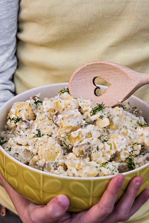 Kartoffelsalat-mit-Mayo-Apfel-Dill