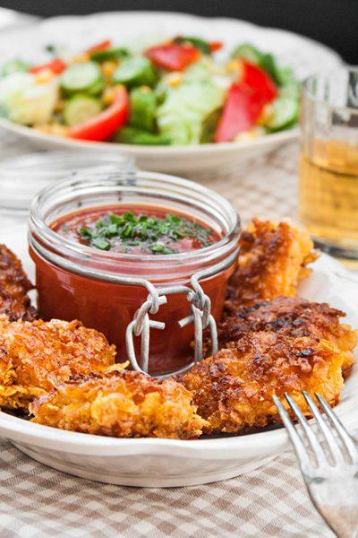 Chicken-Nuggets selber machen mit Cornflakes