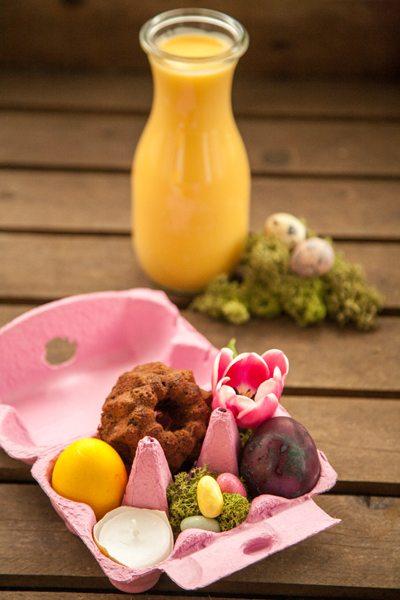 Kuchen Rezepte Osterdeko Kleine Eierlikörkuchen Schokoladen Gugl Natürlich gefärbte Eier