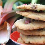 Butterzarte Vanille-Cookies mit Rhabarber und Haselnüssen
