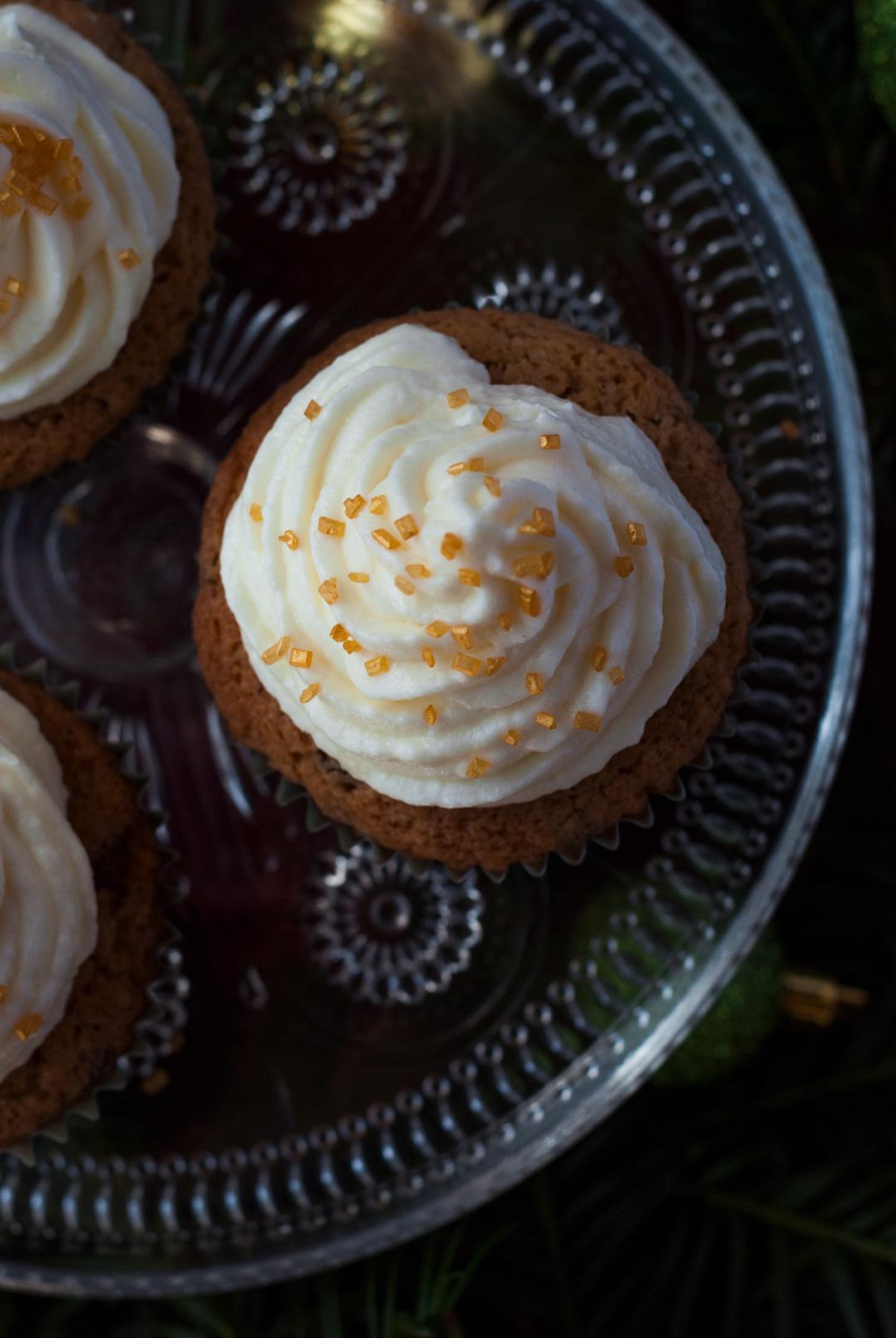 weihnachtliche Cupcakes mit Sektfrosting