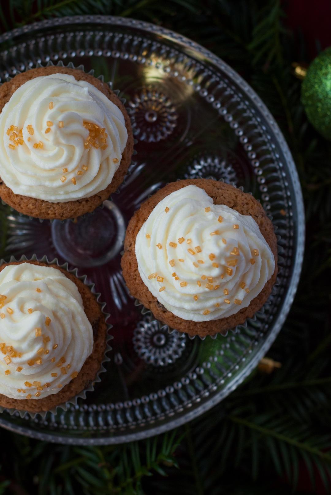 Nusscupcakes-Sektfrosting