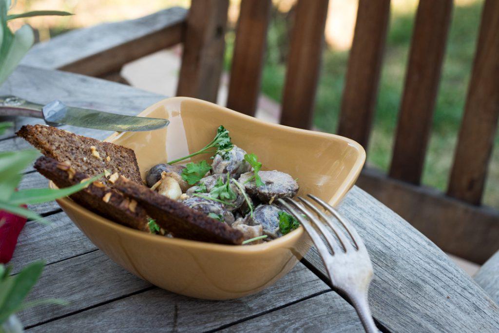 Tapas selber machen, Champignons in Weißweinsoße