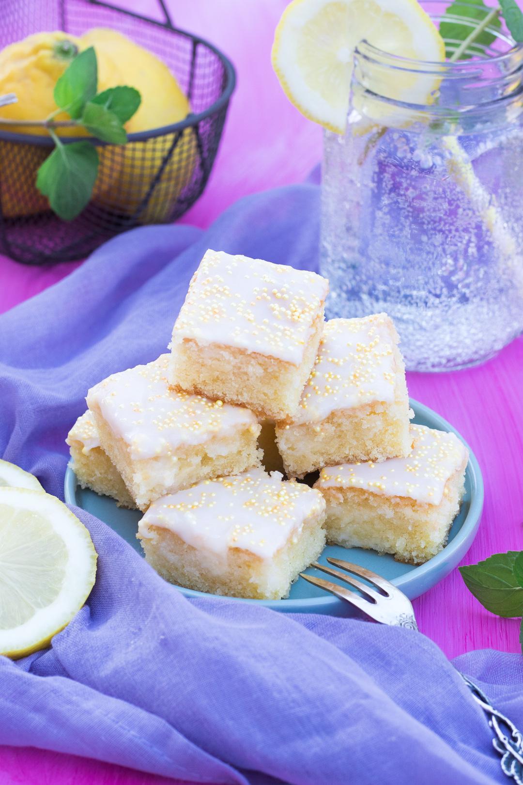Zitronen Kuchen Blech