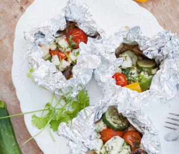 Grillen vegetarisch - Gemüse-Halloumi-Päckchen-Grill3