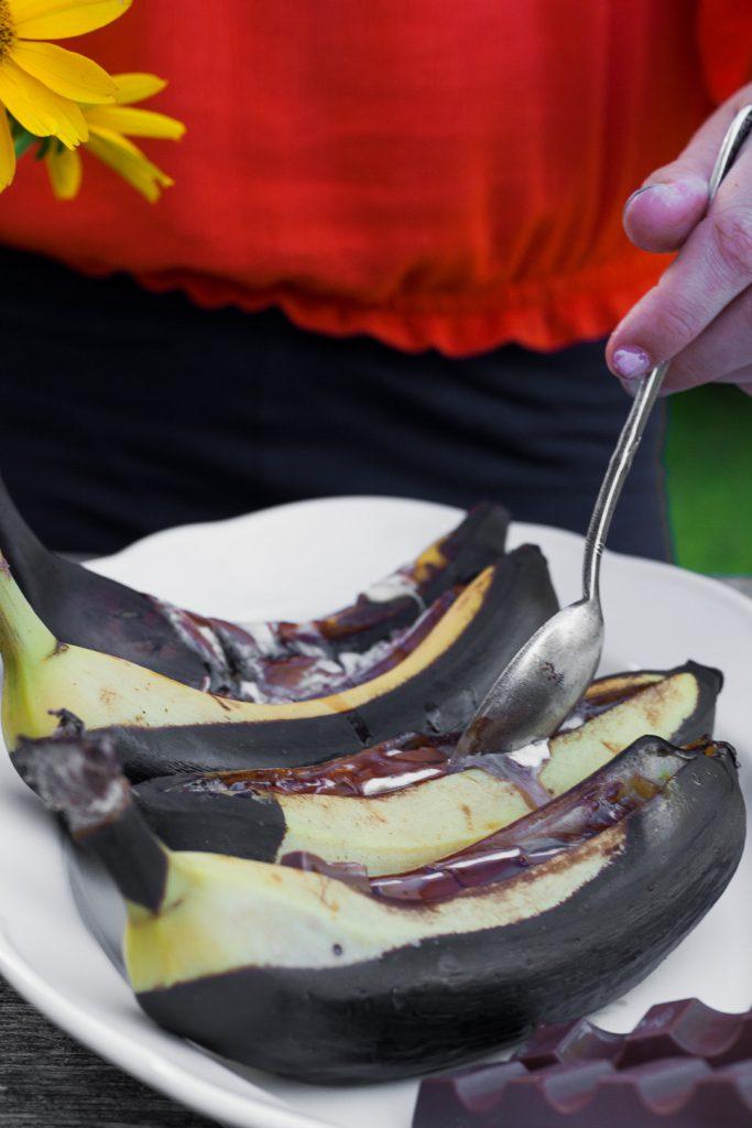 Dessert vom Grill: Schokobananen vom Grill