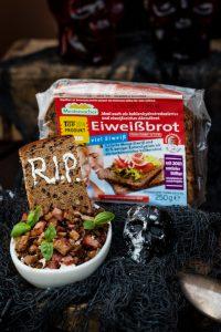 Rezepte Halloween mit Eiweißbrot von Mestemacher